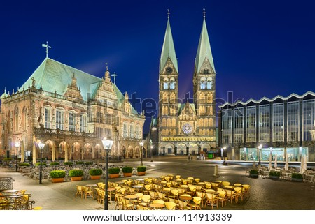 City Hall and the Cathedral of Bremen, Germany at night