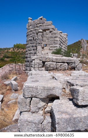 City walls and towers of Ancient Greek city of Messinia