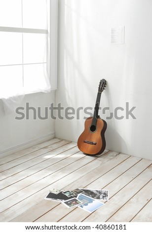 Classic guitar stand with shadow