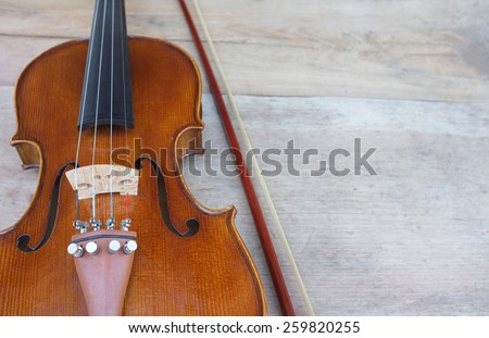 Classic violin vintage on wood background