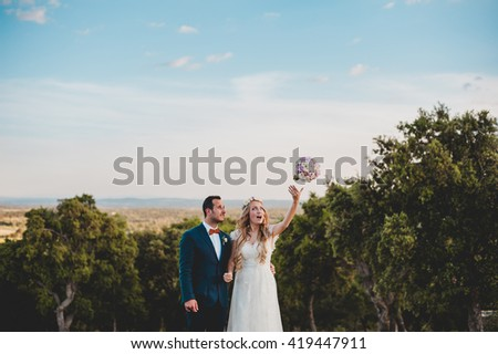 Clear sky for the wedding