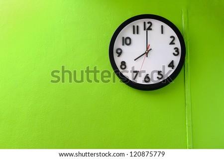 Clock showing 8 o'clock - stock photo
