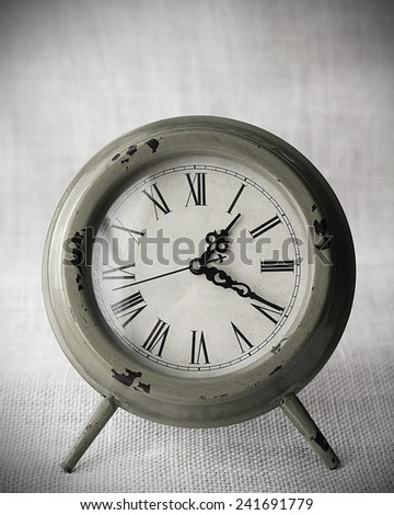 Clock with canvas background