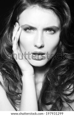 Close up beauty fashion portrait of beautiful model with clean make up and manicure