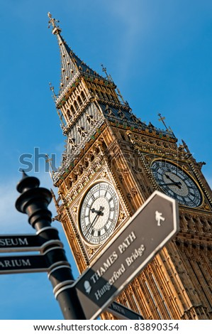 Close up image of Big Ben .