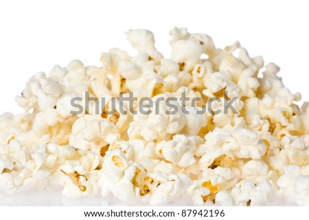 Close up of a pile of freshly popped popcorn.
