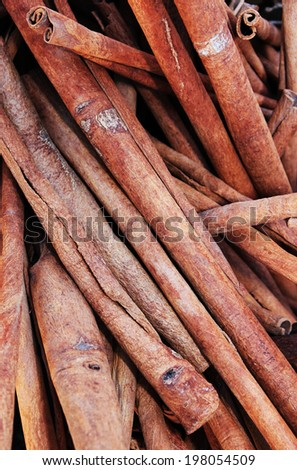 Close up of old cinnamon sticks