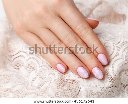 Close-up of romantic vintage style nails