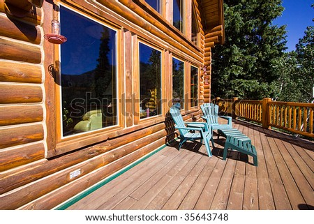 Close up on the balcony of a Cabin