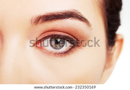 Close up on woman eye with an artistic makeup.