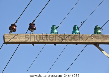 Uninsulated stock photos royalty free images vectors for Glass power line insulators