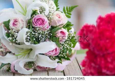closeup of pink roses bouquet.