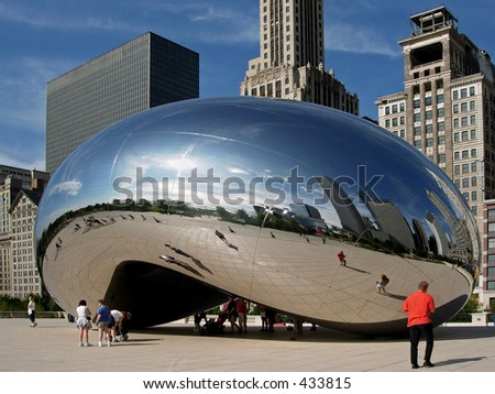 "Cloud Gate (aka ""The Bean"") sculpture, Millennium Park, Chicago - stock photo"