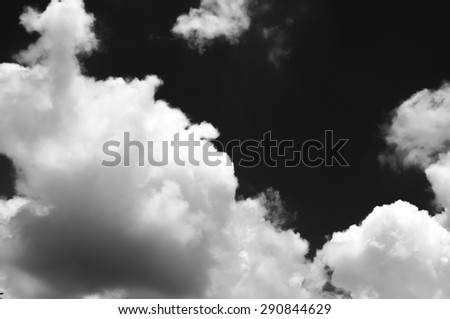 Cloudy sky - black and white