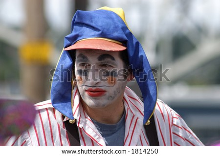 clown with a blue hat
