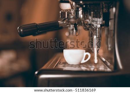 capresso ec100 espresso maker 15 bar pump
