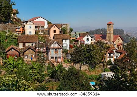 Colline du Rova, quartier historique d'Antananarivo avec les deux uniques maisons traditionnelles en bois restantes. - stock photo