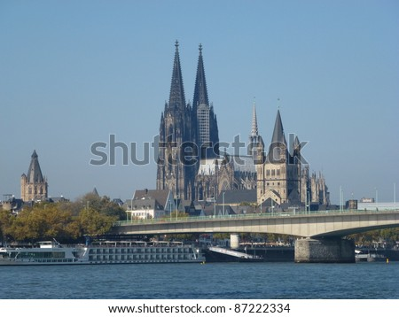 Cologne Cathedral, Hohe Domkirche St. Peter und Maria, Cologne (German: Köln) is Germany's fourth-largest city (after Berlin, Hamburg and Munich) - stock photo