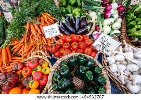 Colorful organic vegetables at a local farmers market.