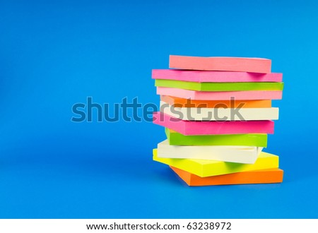 Colorful reminder notes on the color background