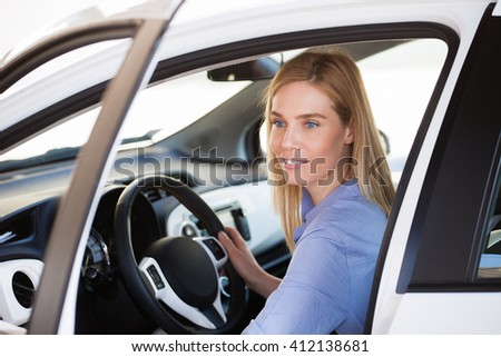 Commuter, Woman driving car