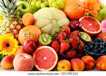 Composition with assorted fruits.