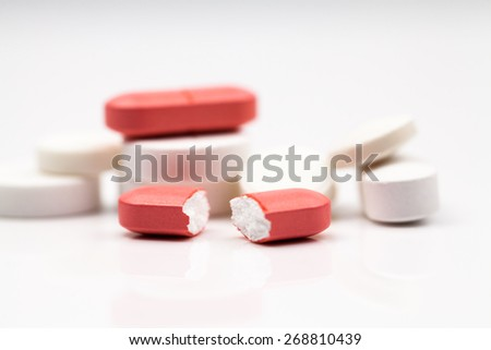 Composition with colorful pills