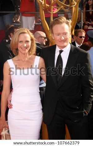 Conan O'Brien and wife Liza  at the 60th Annual Primetime Emmy Awards Red Carpet. Nokia Theater, Los Angeles, CA. 09-21-08