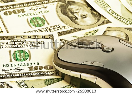 concept mouse on the money background