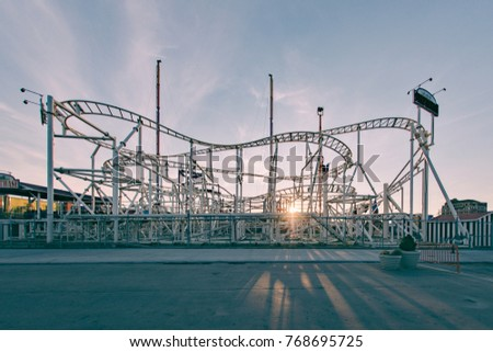 Coney island at sunset, Coney Island cyclone