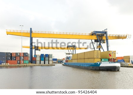 containers for local transport on a small ship