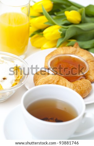 Continental breakfast and flowers