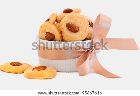 Cookies with almond