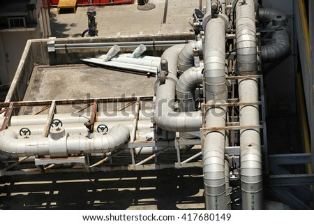 Cooling pipe of building
