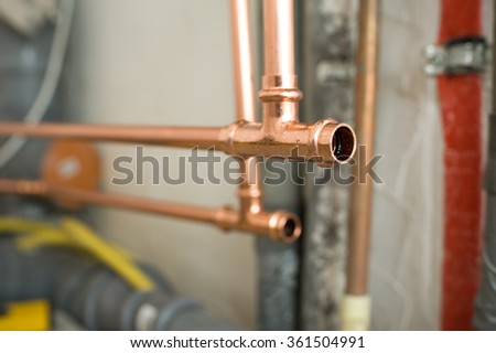 Copper water pipe installation