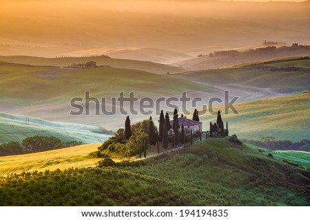 Country house in Tuscany, summer morning, landscape - Italy