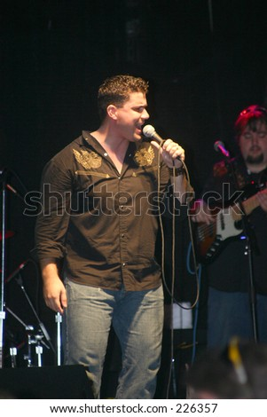 Country music star Josh Gracin In concert at Ocoee River days on 9-25-2004