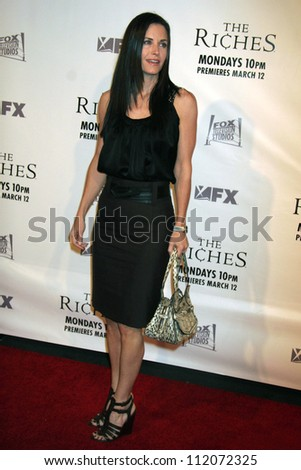 "Courteney Cox at the premiere screening and party for ""The Riches"". Zanuck Theatre, Los Angeles, CA. 03-10-07"
