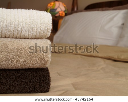 Cozy earth tones invite you in for the perfect stay - stock photo