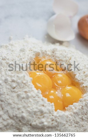 Bowl Cracked Eggs Stock Photos, Royalty-Free Images & Vectors ...