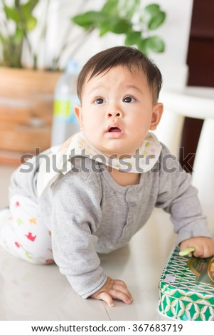 crawling is the beginning of standing in baby