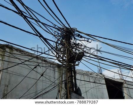 crazy electrical wiring circuit wiring and diagram hub u2022 rh bdnewsmix com