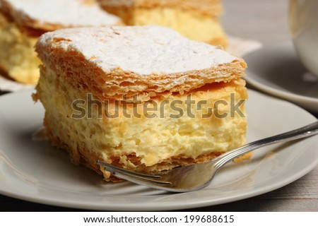 Cream Pie. Two layers of puff pastry filled with whipped cream.