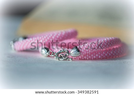 Crochet necklace and bracelet from pink beads
