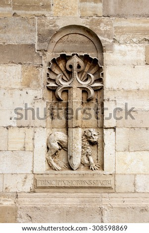 Cross of the Knights of Saint James with a shell and a lion