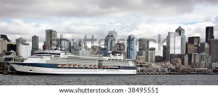 Cruise ship docked in Elliott Bay - stock photo