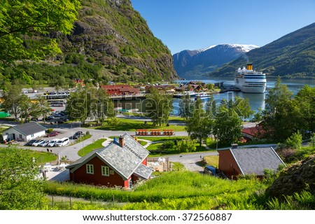 Cruise Ship Port Flam Norwayの...