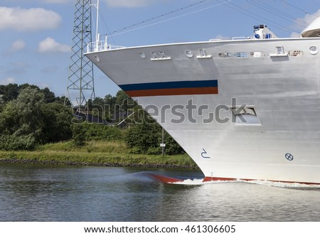 Cruise Ship, North Sea Baltic Canal, Schacht-Audorf, Rendsburg, Schleswig-Holstein, Northern Germany,