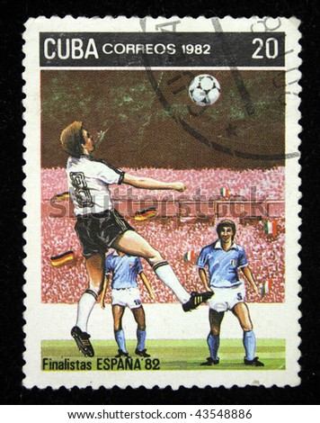 CUBA - CIRCA 1982: A stamp printed in Cuba shows football players, circa 1982