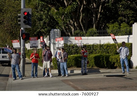 Culver City, CA DECEMBER 3, 2007:  Picketers of the Writers Guild of America on strike at the Sony Pictures Entertainment studio